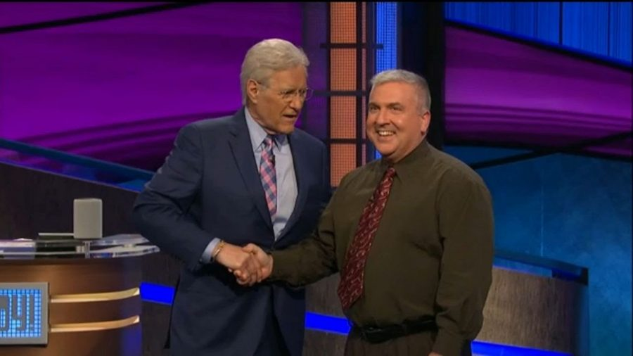 Alex Trebek appears with Hen Hud teacher Dr. Barcomb during the Jeopardy! Teachers Tournament.